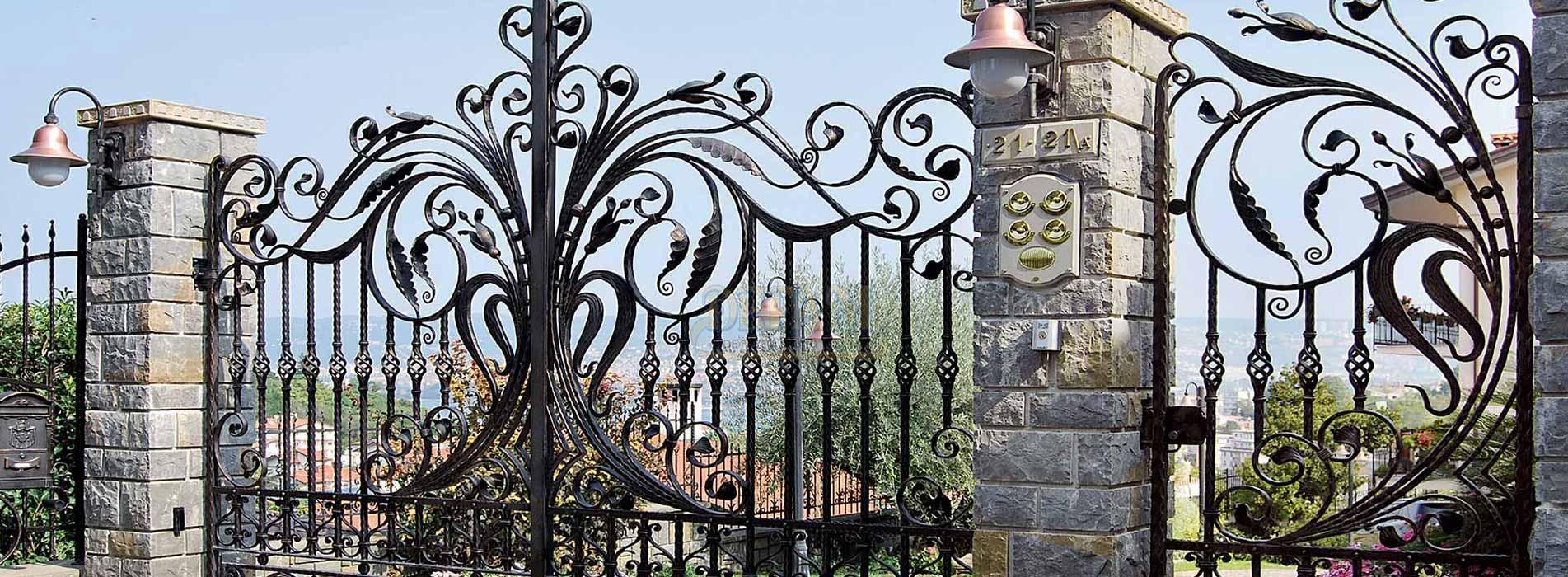 Opere in ferro battuto Cancello Carraio 2 ante battente