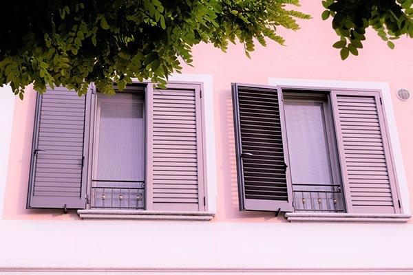 oscuranti finestre persiane